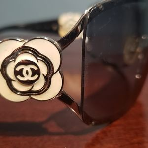 Chanel Flower Sunglasses  style 4164